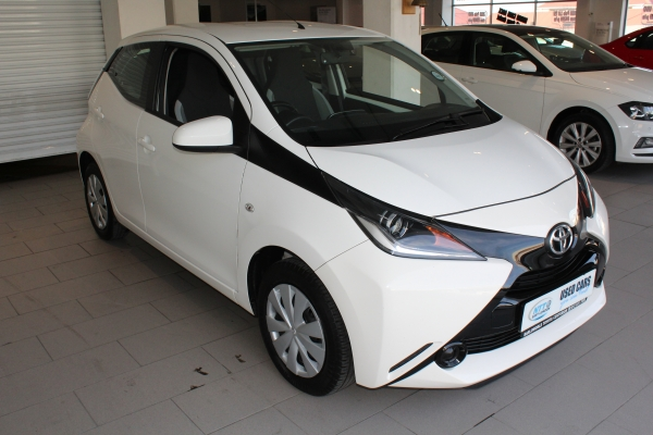 TOYOTA AYGO 1.0  X- PLAY for Sale in South Africa