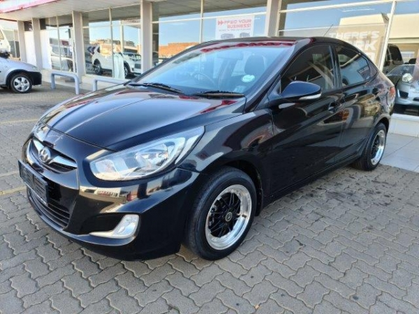 HYUNDAI ACCENT 1.6 GL for Sale in South Africa