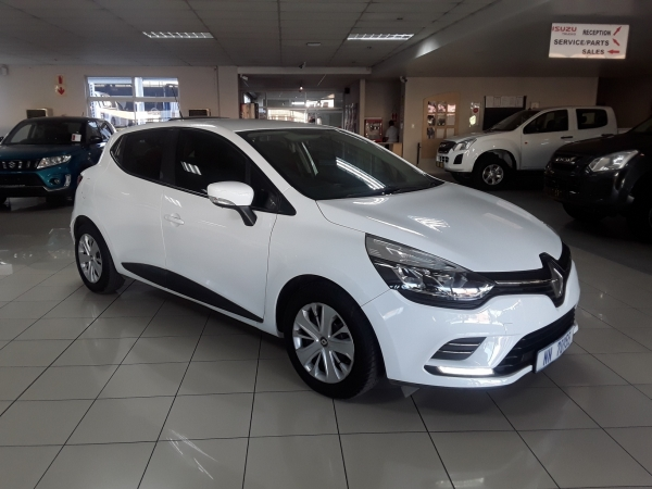 RENAULT CLIO IV 900T AUTHENTIQUE 5 for Sale in South Africa