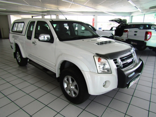 ISUZU KB300D-TEQ LX  for Sale in South Africa