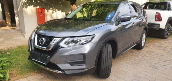 NISSAN X TRAIL 2.0 VISIA for Sale in South Africa