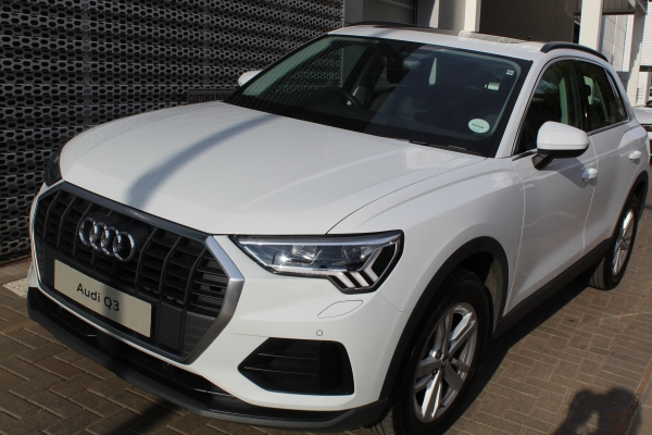 AUDI Q3 1.4T S TRONIC for Sale in South Africa