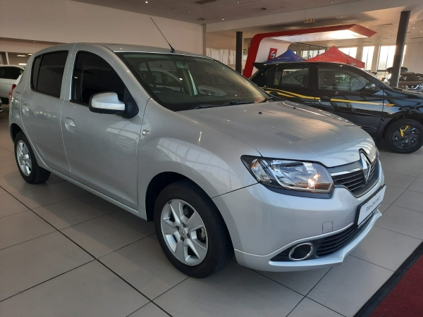 RENAULT SANDERO 1.6 DYNAMIQUE for Sale in South Africa
