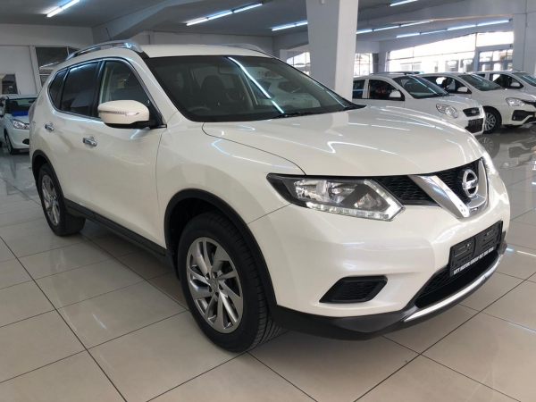 NISSAN X TRAIL 2.0 XE (T32) Used Car For Sale