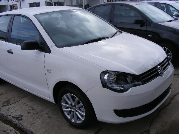 Used Volkswagen (VW) Polo Vivo 1.6 Hatch 5 Door Manual, White, 2010