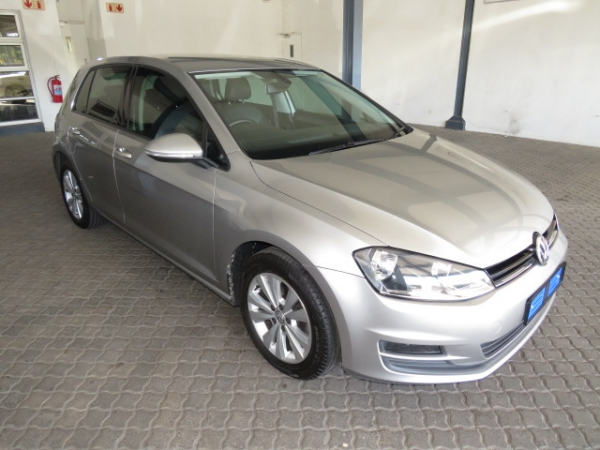 VOLKSWAGEN GOLF VII 1.4 TSI COMFORTLINE  for Sale in South Africa
