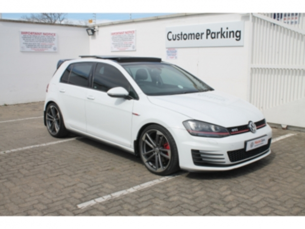 VOLKSWAGEN GOLF VII GTi 2.0 TSI  for Sale in South Africa