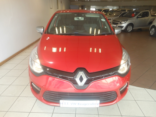 RENAULT CLIO IV 900 T EXPRESSION 5DR (66KW) Used Car For Sale