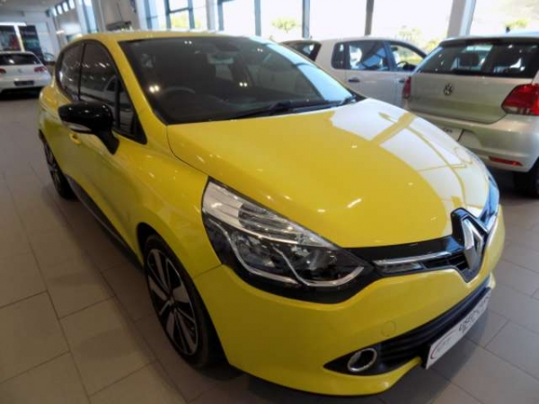 RENAULT CLIO IV 900 T DYNAMIQUE 5DR for Sale in South Africa