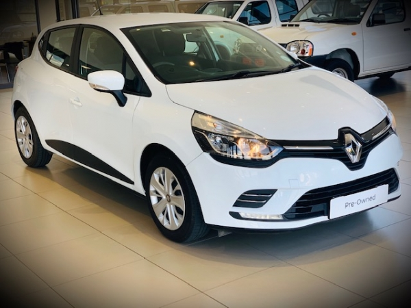 RENAULT CLIO IV 900T AUTHENTIQUE 5DR for Sale in South Africa